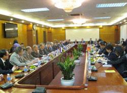 Tăng cường hợp tác giữa DNVN và DN tỉnh Sverdlovsk - LB Nga