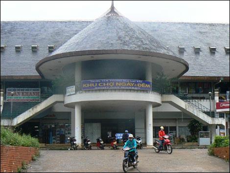Ban quản lý khu kinh tế tỉnh Quảng Trị: Cùng các doanh nghiệp cất cánh