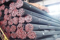 Thị trường vật liệu xây dựng: Tiêu thụ xi măng tăng, thép giảm