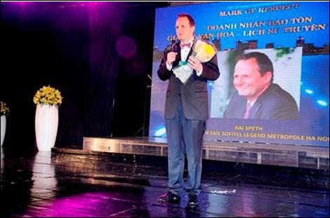 Tổng Giám đốc khách sạn Metropole được nhận nhiều giải thưởng uy tín
