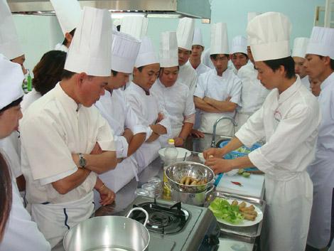 Trường cao đẳng nghề du lịch Đà Lạt:Khẳng định uy tín trong đào tạo nghề du lịch