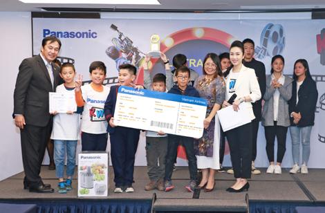 Hơn 4.000 học sinh tham gia thi làm phim Qua ống kính trẻ thơ 2017 của Panasonic