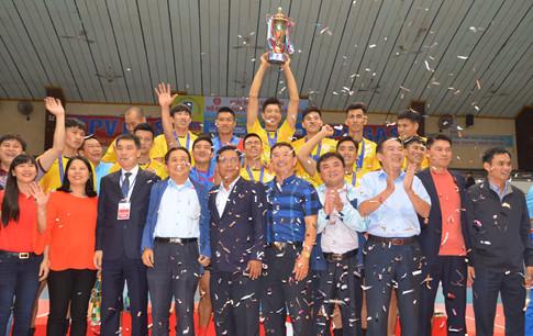 CLB bóng chuyền nam Sanest Khánh Hòa đã lần đầu đăng quang sau 9 năm