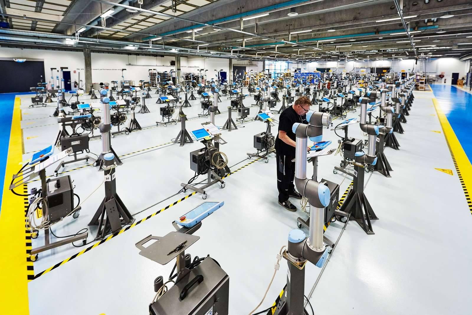 Universal Robots đạt dấu mốc lịch sử bán được 25.000 cobot