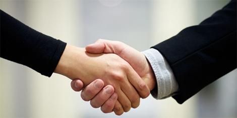 Kỹ năng soạn thảo hợp đồng thương mại và giải quyết tranh chấp phát sinh