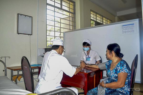 Trung tâm Y tế thị xã Ngã Năm: Xứng danh