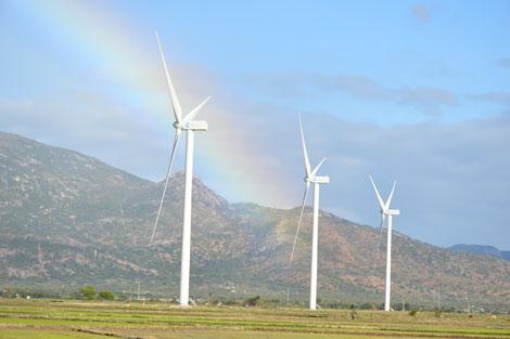 Ninh Thuận tiến gần mục tiêu trở thành trung tâm  năng lượng tái tạo