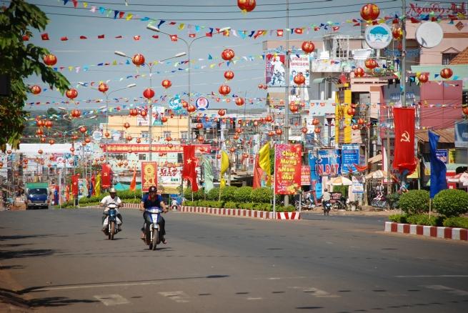 Thị xã Bình Long: Đi lên với thế và lực mới