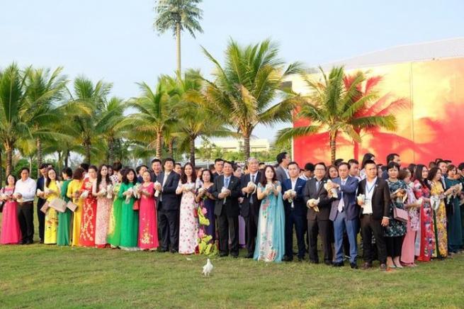 Doanh nhân Việt Nam với khát vọng hòa bình, hội nhập và thịnh vượng