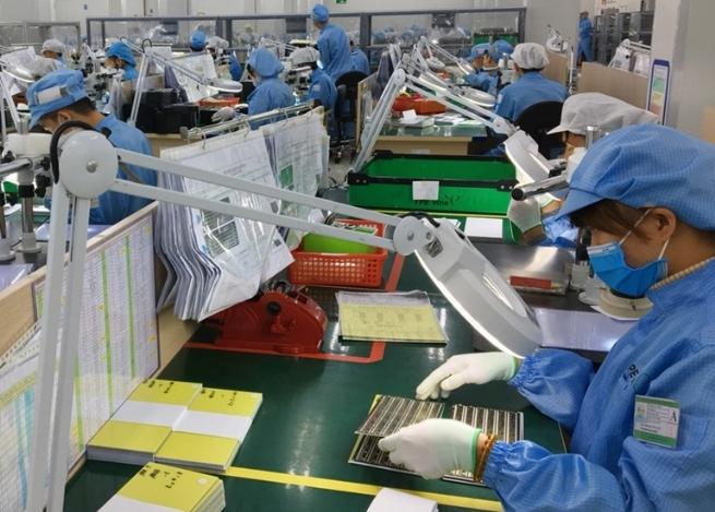 Công ty TNHH Young Poong Electronics Vina (KCN Bình Xuyên 2):  Tạo việc làm ổn định cho gần 1.300 lao động địa phương