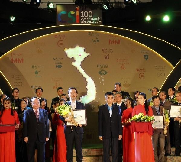 Bridgestone Việt Nam xuất sắc được vinh danh Top 100 Doanh nghiệp Phát triển bền vững 4 năm liên tiếp