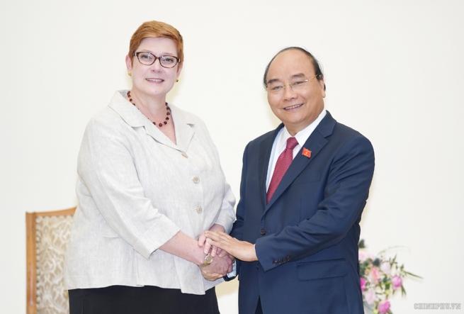 Thủ tướng tiếp Bộ trưởng Ngoại giao Australia