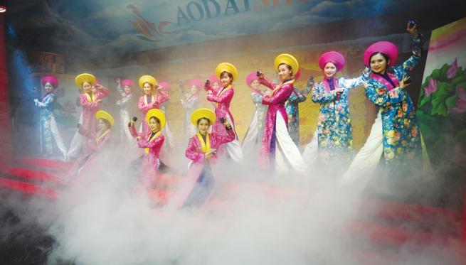 Doanh nhân Nguyễn Lan Vy với khát vọng quảng bá văn hóa  truyền thống Huế đến với bạn bè quốc tế