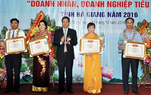 Công ty cổ phần Đầu tư và Phát triển Phương Đông: Gắn bó cùng  sự phát triển tỉnh Hà Giang