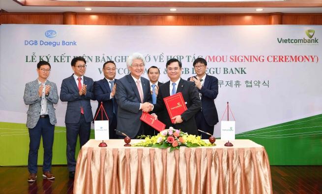 Vietcombank và ngân hàng DGB Daegu Bank (Hàn Quốc) ký kết Biên bản ghi nhớ hợp tác
