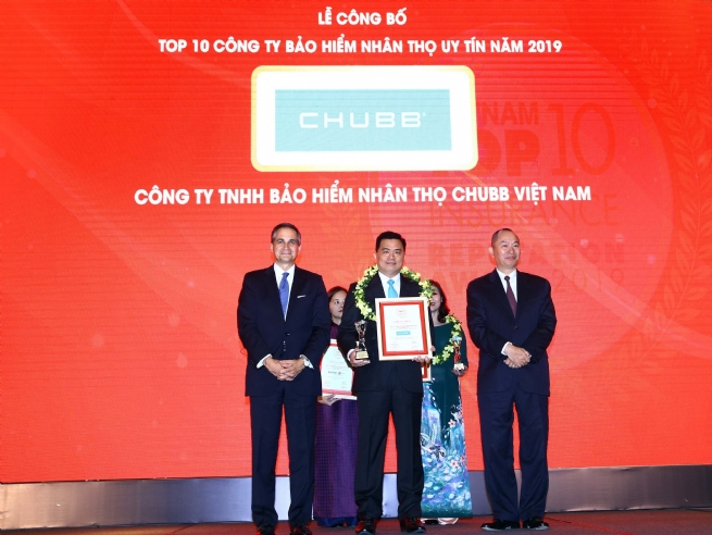 "Chubb Life in Vietnam wins ""Top 10 Vietnam Insurance Reputation Award 2019"""