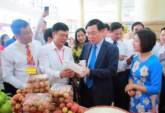 Huyện Lục Ngạn: Phát triển  nông nghiệp  toàn diện, hiệu quả