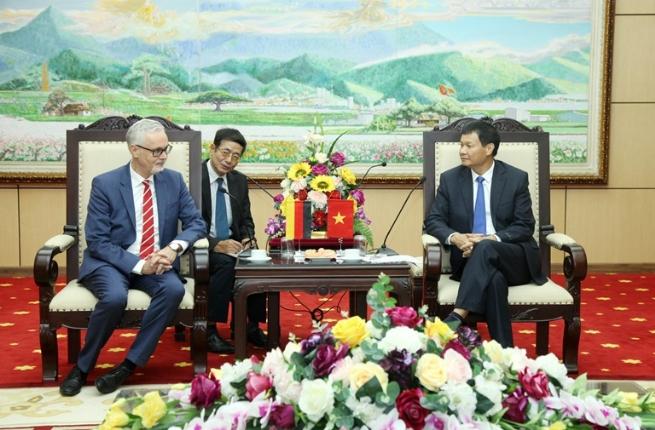 Vĩnh Phúc tiếp Đoàn công tác Đại sứ quán Cộng hòa liên bang Đức tại Việt Nam