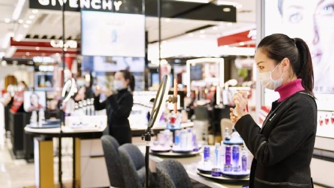 Alibaba đạt 74,1 tỷ USD tổng giá trị hàng hóa trong Lễ hội mua sắm toàn cầu