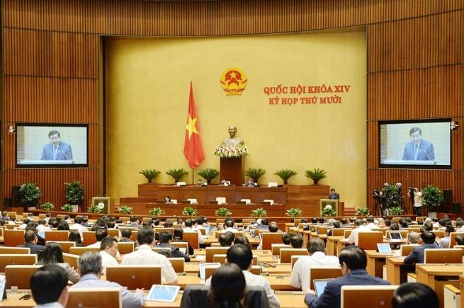 Quốc hội thông qua mục tiêu tăng trưởng GDP 6% năm 2021