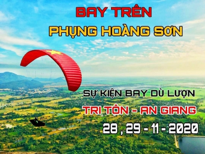Flying over Phung Hoang Mountain