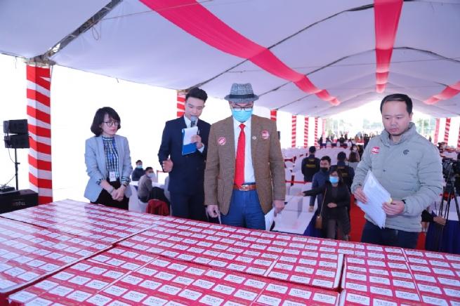 TNR Stars Thắng City - Hơn 300 giao dịch thành công trong ngày bốc thăm ưu tiên sở hữu