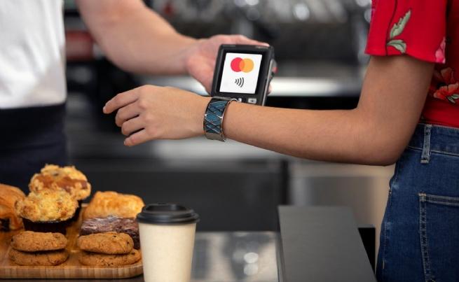 Mastercard hợp tác với MatchMove và Tappy cho phép mã hóa chip thanh toán trong các phụ kiện đeo trên người