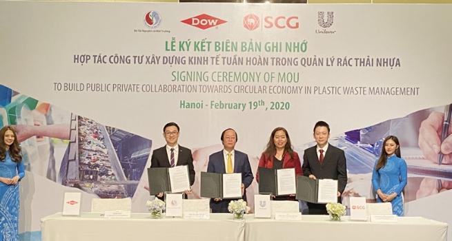 Hợp tác công tư xây dựng kinh tế tuần hoàn trong quản lý rác thải nhựa