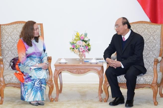 Thủ tướng tiếp các Đại sứ Malaysia và Armenia