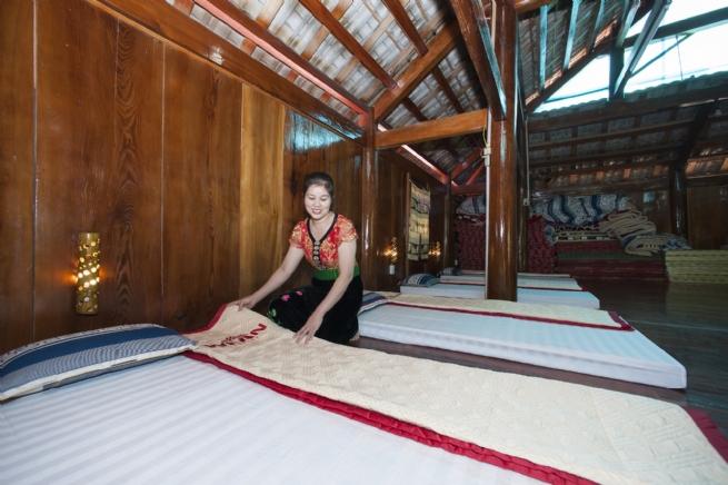 Những phụ nữ dân tộc thiểu số mạnh dạn làm du lịch