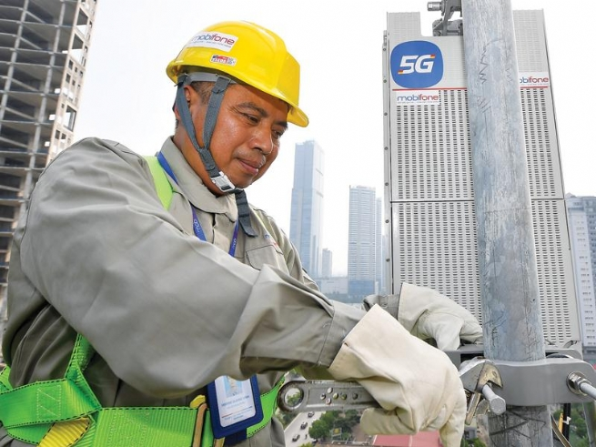 Thúc sớm thương mại hóa mạng 5G