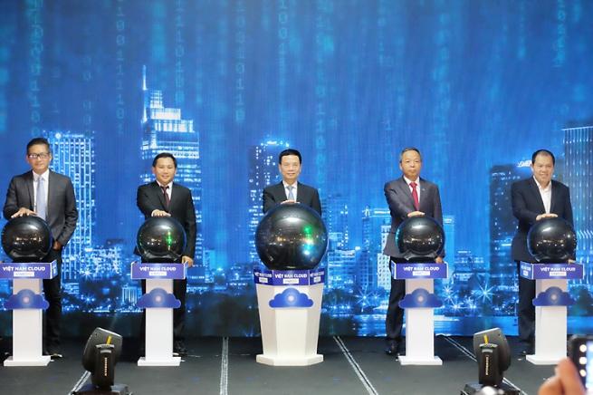 Thúc đẩy chuyển đổi số bằng nền tảng điện toán đám mây Việt Nam