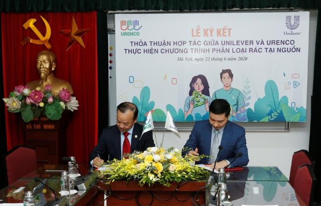 Unilever Việt Nam và URENCO triển khai Chương trình phân loại, thu gom và xử lý rác thải nhựa tại Hà Nội