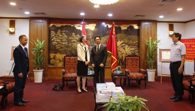 Vietnam, Canada Boost Cooperation Mechanism after Covid-19