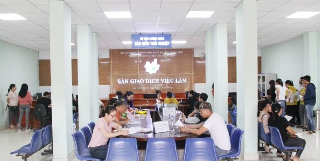 Trung tâm Dịch vụ việc làm Quảng Bình: Tăng cường hỗ trợ người lao động