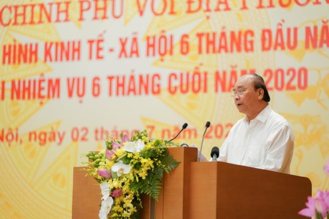 Thủ tướng chủ trì hội nghị trực tuyến Chính phủ với các địa phương
