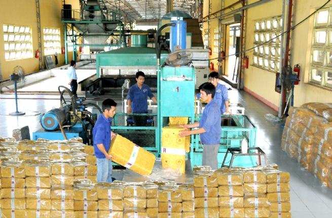 Dùng mọi biện pháp để thúc đẩy đầu tư, xuất khẩu và tiêu dùng