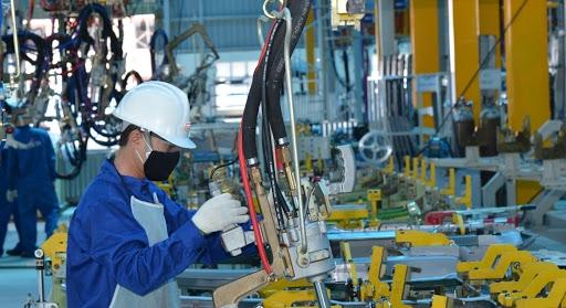 ADB: Kinh tế Việt Nam vẫn đứng vững trước COVID-19