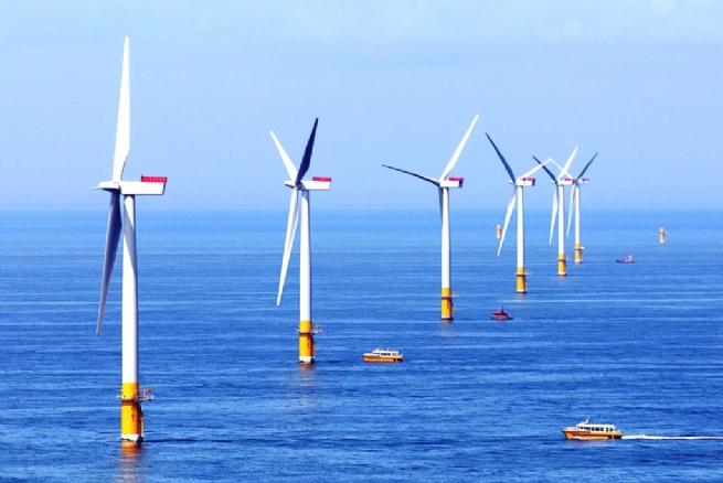 Lộ trình phát triển điện gió ngoài khơi và khuyến nghị chính sách cho Việt Nam