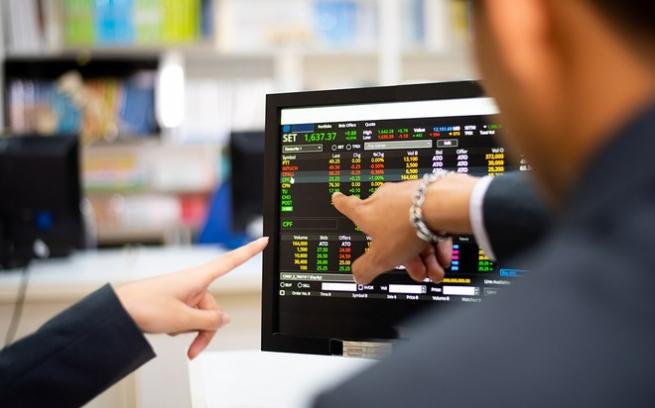 Thị trường chứng khoán năm 2021: Kỳ vọng tiếp tục bứt phá