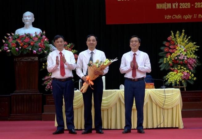 Huyện Văn Chấn: Phấn đấu phát triển kinh tế nhanh-bền vững