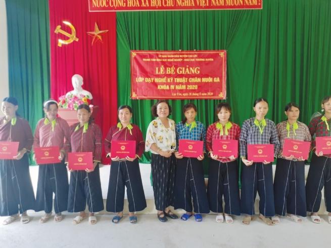 Trung tâm GDNN - GDTX huyện Cao Lộc: Đào tạo kỹ năng sống, kỹ năng nghề nghiệp  cần thiết để phục vụ cho xã hội