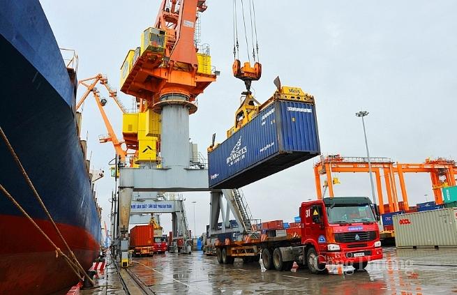 Xuất nhập khẩu tăng trưởng kỷ lục trong 10 năm