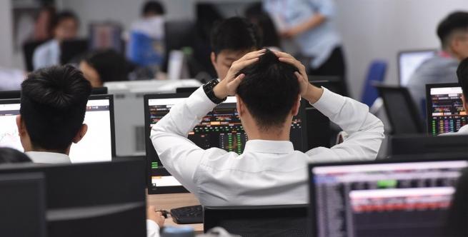 Thị trường chứng khoán và cuộc đua chuyển đổi số