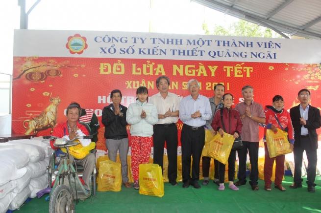 """Công ty TNHH MTV XSKT tỉnh Quảng Ngãi: Một năm vượt khó, đảm bảo mục tiêu """"Ích nước - lợi nhà"""""""