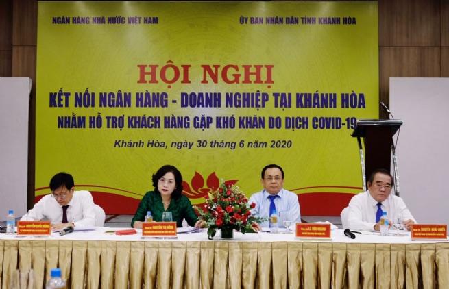 """Ngành ngân hàng tỉnh Khánh Hòa: Thực hiện hiệu quả  """"mục tiêu kép"""""""