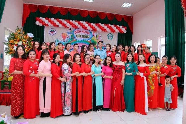 Entrepreneur Le Thi Bich Spreading Good Values to Community