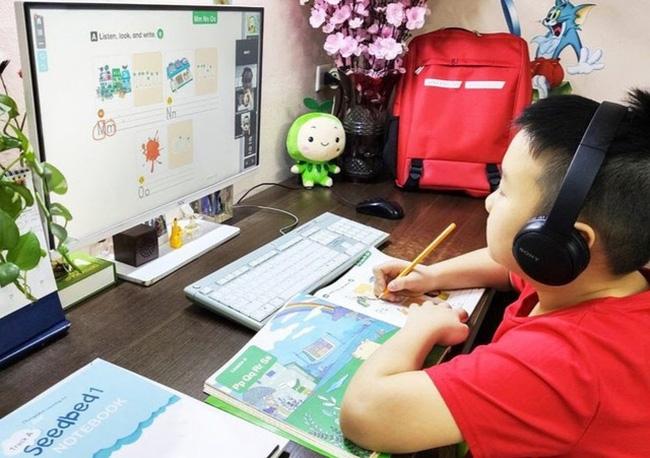 """Hội thảo """"Chuẩn bị tâm thế cho trẻ học trực tuyến sẵn sàng  bước vào năm học mới"""""""